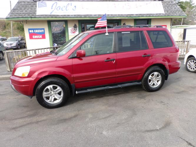 2005 Burgundy Honda Pilot EX w/ Leather and DVD (5FNYF18695B) with an 3.5L V6 SOHC 24V engine, 5-Speed Automatic Overdrive transmission, located at 5700 Curlew Drive, Norfolk, VA, 23502, (757) 455-6330, 36.841885, -76.209412 - Photo #0